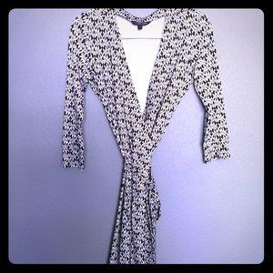 SOLD🖤Felicity & Coco Wrap Dress!